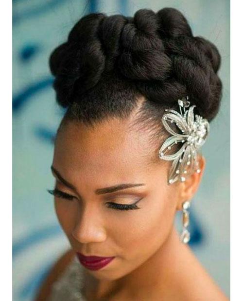 chignon-sophistiqué-mariee-afro
