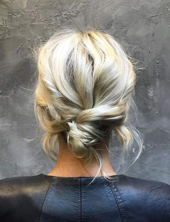 chignon flou cheveux courts